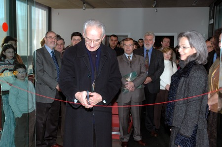Opening to the public on 28th January 2006 – ribbon cutting ceremony